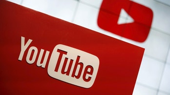 YouTube unveils their new paid subscription service at the YouTube Space LA in Playa Del Rey, Los Angeles, California, United States October 21, 2015. Alphabet Inc's YouTube will launch a $10-a-month subscription option in the United States on October 28 that will allow viewers to watch videos from across the site without interruption from advertisements, the company said on Wednesday.  REUTERS/Lucy Nicholson - GF20000027085