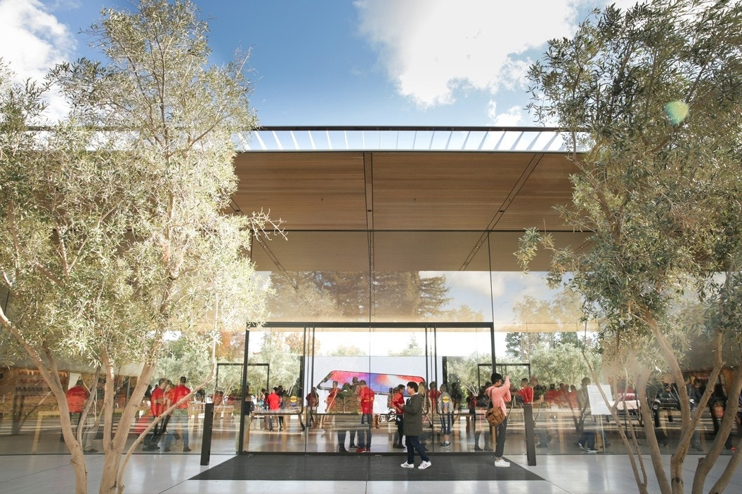 People Keep Walking into Glass at Apple Park