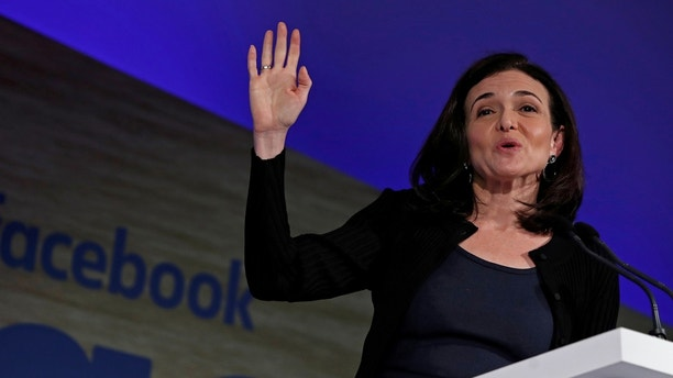 Sheryl Sandberg, Facebook's chief operating officer, addresses the Facebook Gather conference in Brussels, Belgium January 23, 2018. REUTERS/Yves Herman - RC1FCA114000