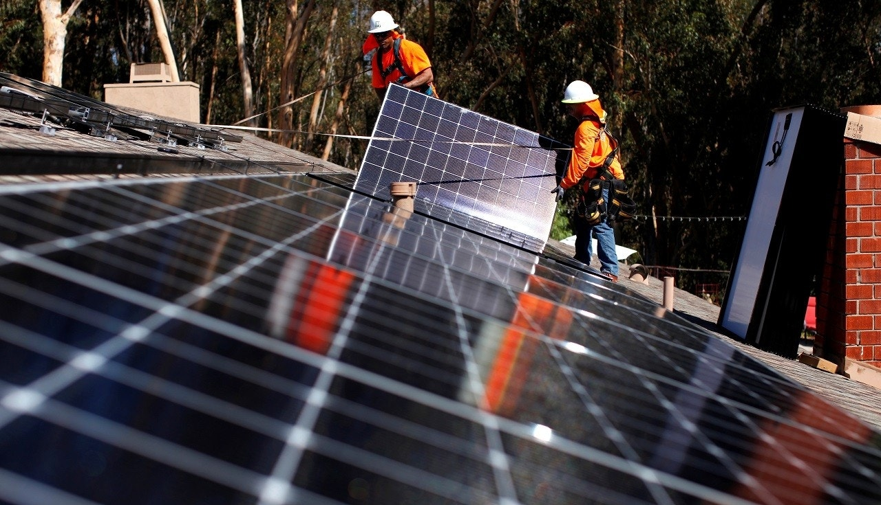 California expected to mandate solar panels for new homes