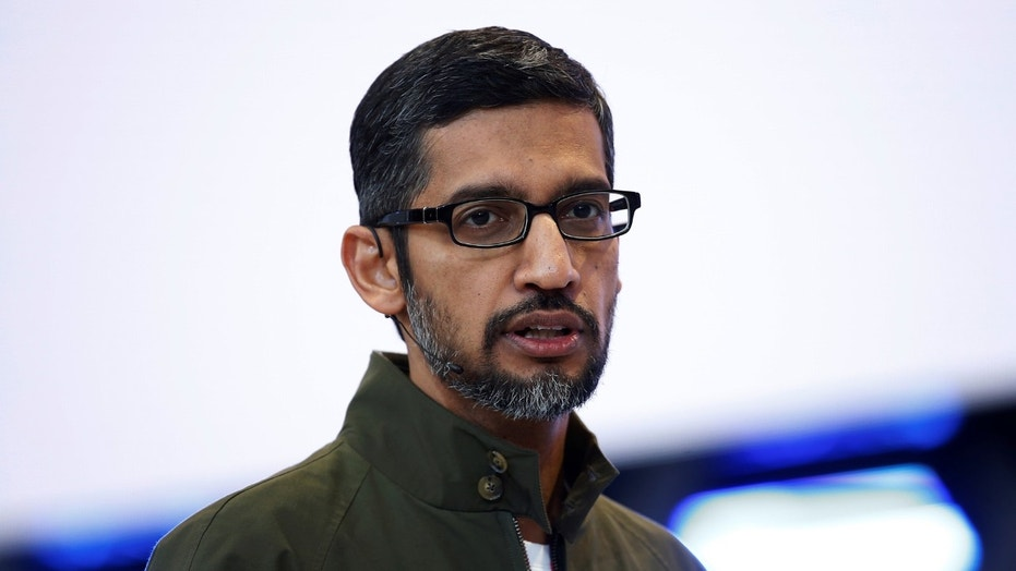 Google CEO Sundar Pichai speaks on stage during the annual Google I/O developers conference in Mountain View, California, May 8, 2018. REUTERS/Stephen Lam - RC18633ABA80