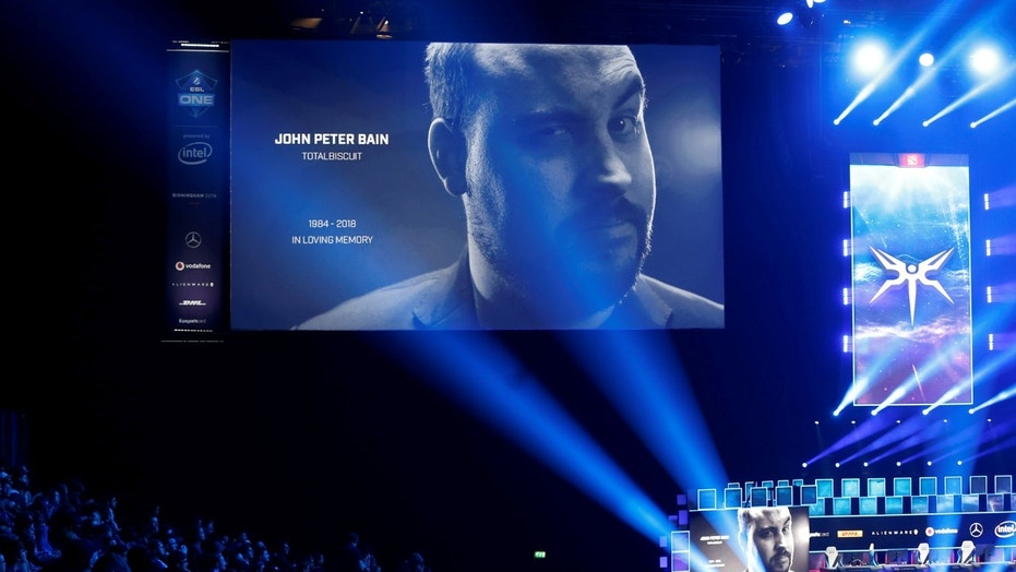 YouTuber and video games critic John 'TotalBiscuit' Bain dies aged 33