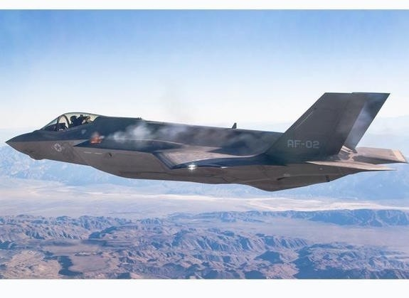 Air Force bolsters F-35 'threat library' to help ID Chinese J-20 and Russian PAK-50 fighters