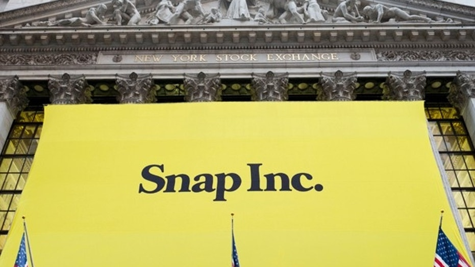 Those who rely on Snapchat's Snapcash are going to have to switch to another payment service. (AP Photo/Mark Lennihan)  (Copyright 2017 The Associated Press. All rights reserved.)