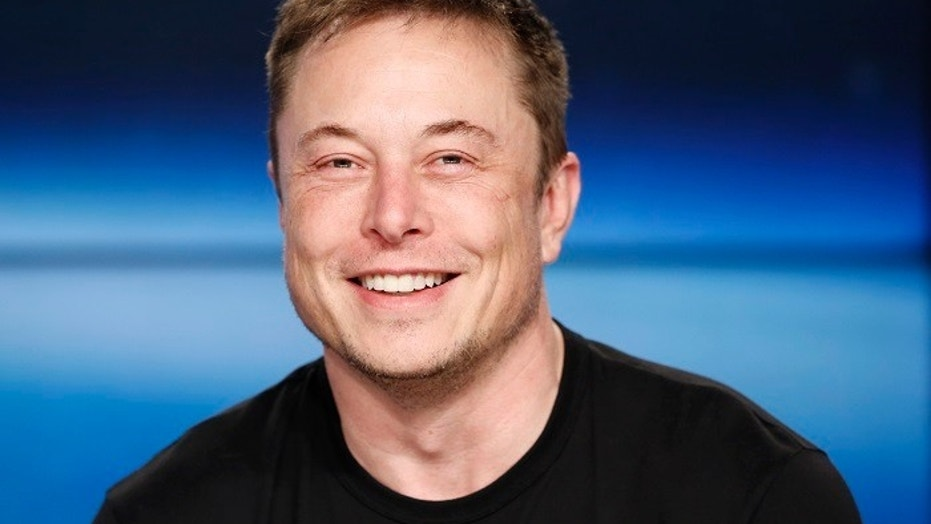 File photo - SpaceX founder Elon Musk smiles at a press conference following the first launch of a SpaceX Falcon Heavy rocket at the Kennedy Space Center in Cape Canaveral, Florida, U.S., Feb. 6, 2018. (REUTERS/Joe Skipper)