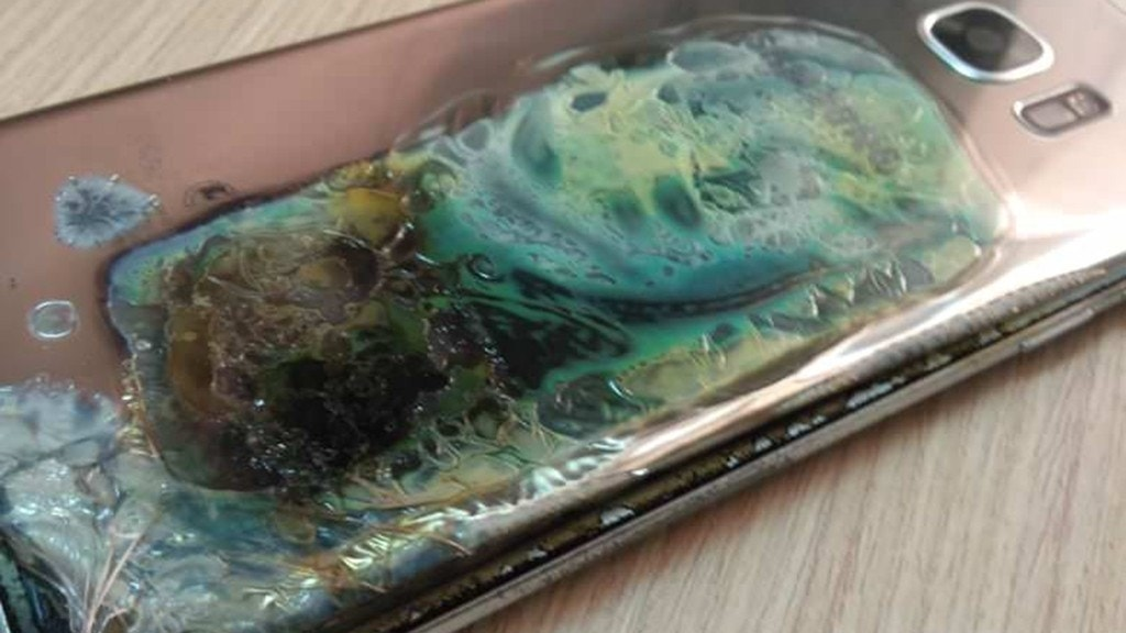 Samsung Phone 'Went up in Flames' as User Claims Handset Exploded in his Kitchen