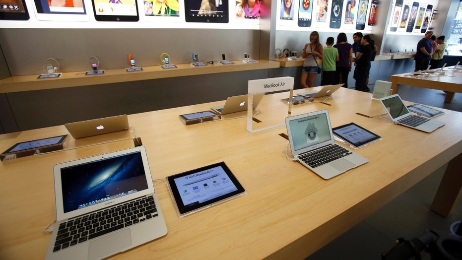 The open display of Apple devices may be why Apple Stores are a favorite target of thieves, some say.