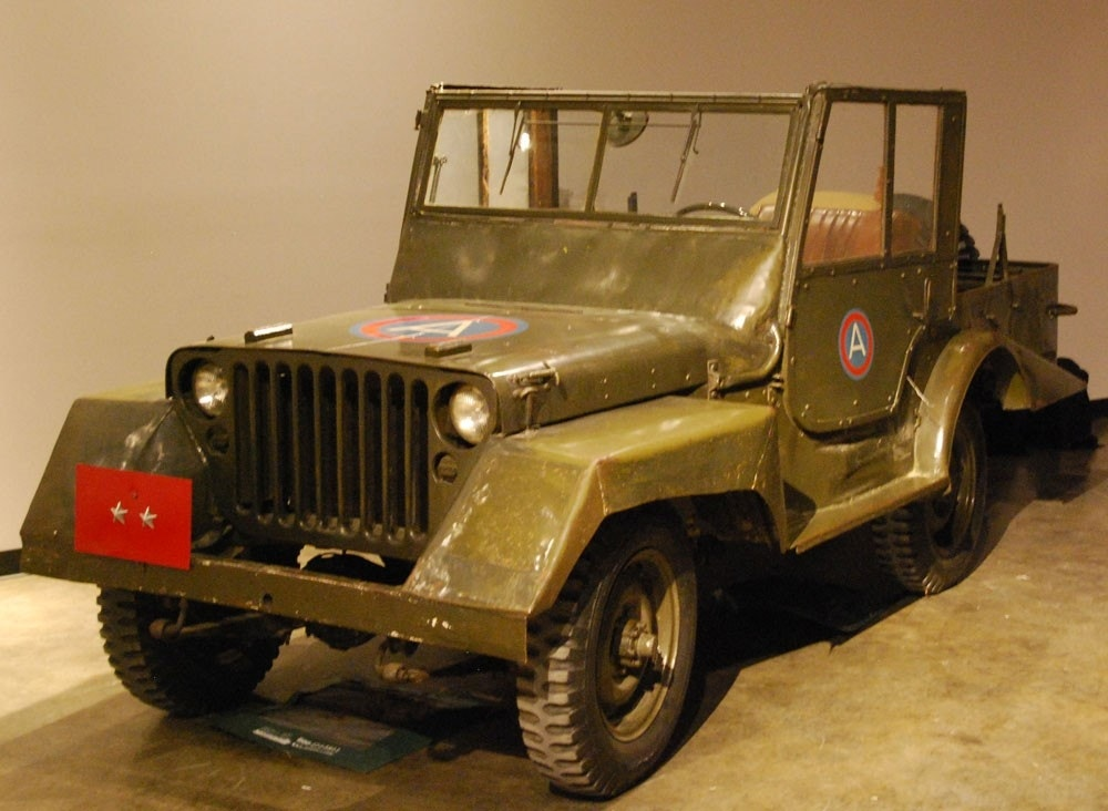 history of the 39 jeep 39 in pictures fox news. Black Bedroom Furniture Sets. Home Design Ideas