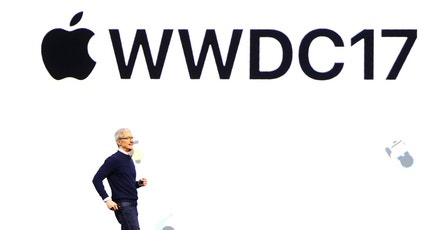 Tim Cook, CEO, speaks during Apple's annual world wide developer conference (WWDC) in San Jose, California, U.S. June 5, 2017. REUTERS/Stephen Lam - RTX395B0
