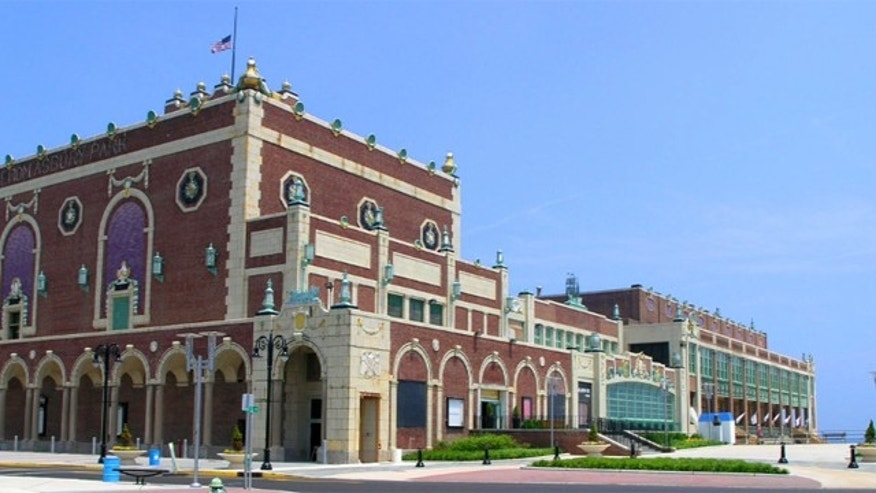 Paramount Theater and Convention Hall