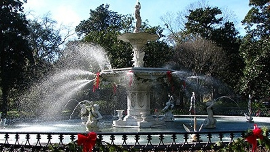The historic cast-iron fountain in Forsyth Park (Photo by Andrew Collins)