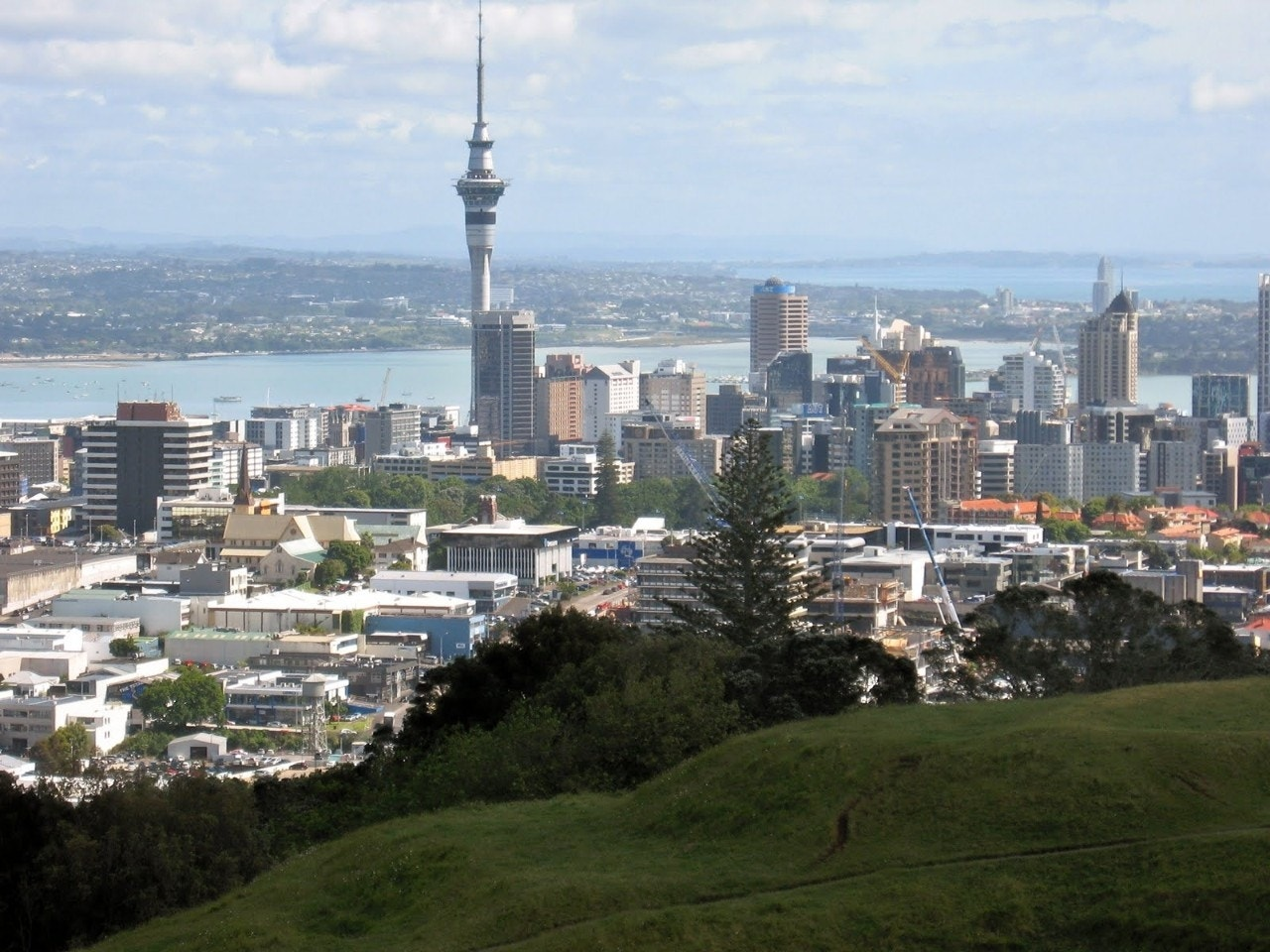 New Zealand News Picture: Auckland, New Zealand In 5...