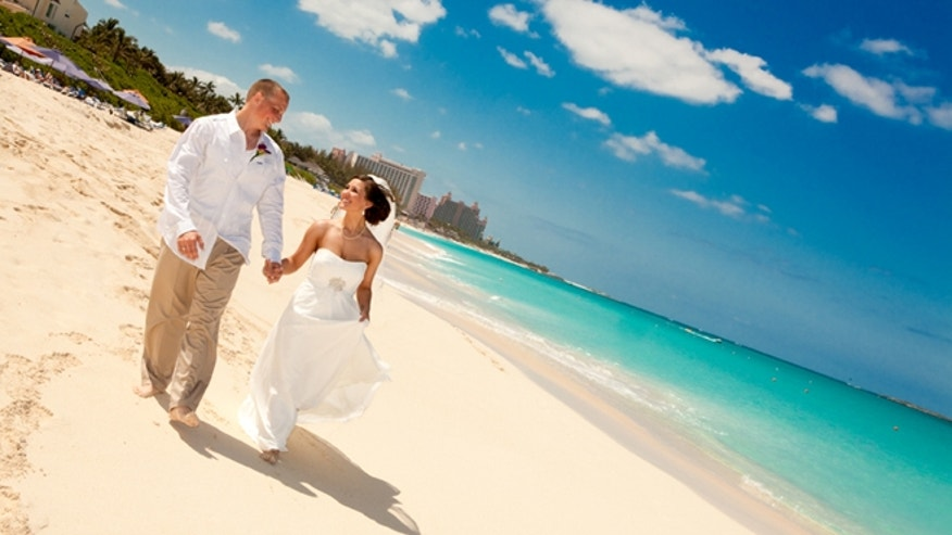 Some Norwegian Cruise Line weddings take place at Atlantis.