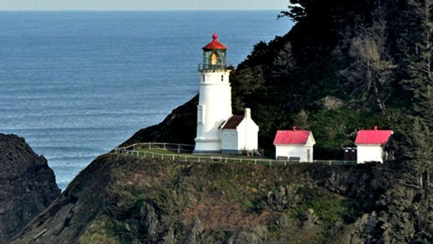 It is said that the Heceta Head Lighthouse is inhabited by a ghost called The Gray Lady who searches for her infant daughter who tumbled from the 200-foot cliffs to her death.