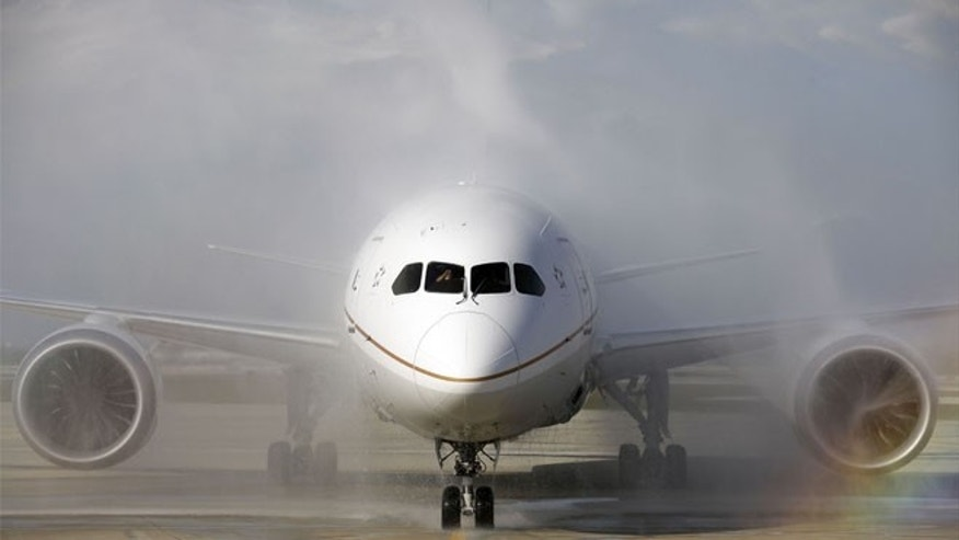 Nov. 4, 2012: A United Airlines 787 Dreamliner arrives at O'Hare international Airport.