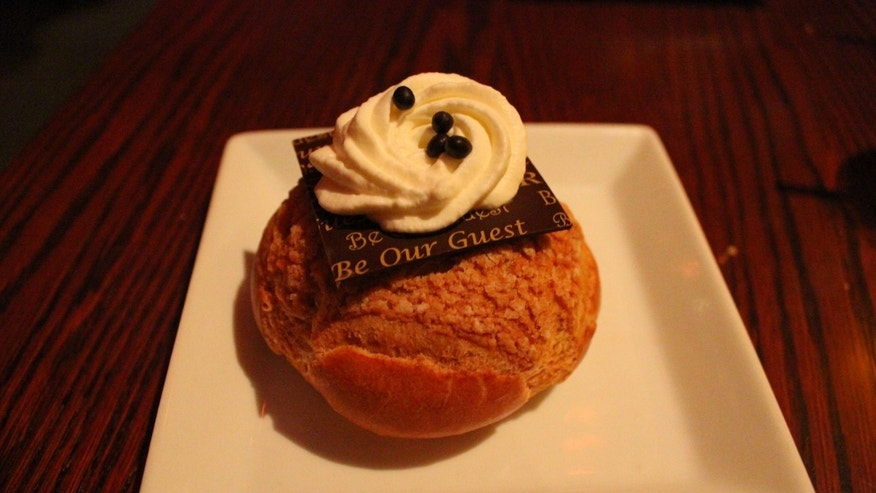 Chocolate Cream Puff