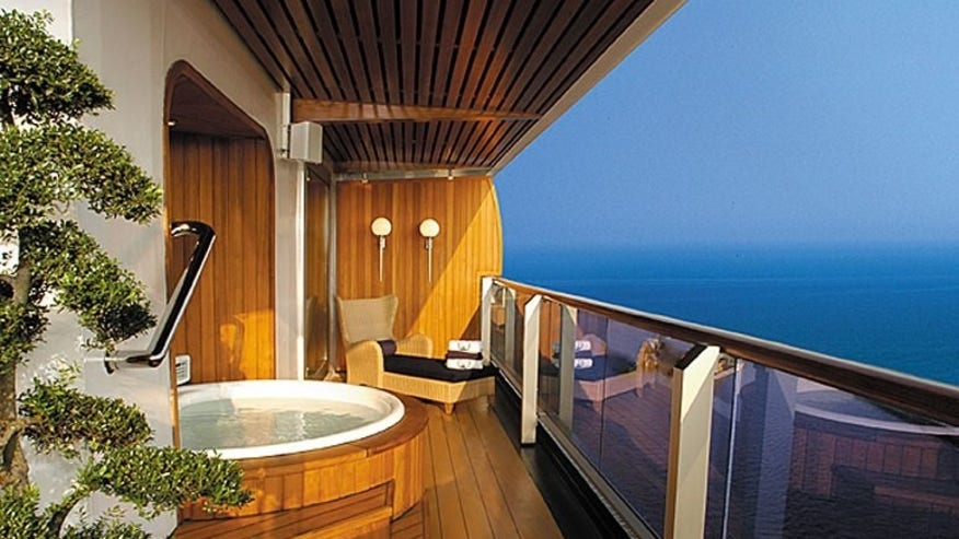 Pinnacle Suite, Holland America Line