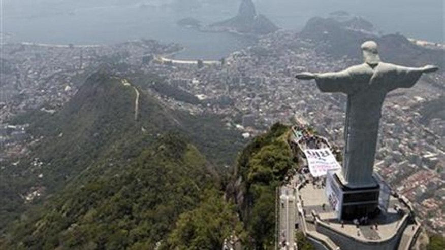 Christ the Redeemer statue that towers above Rio de Janeiro.