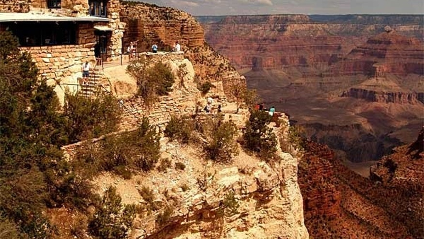 A beautiful view of the Grand Canyon.