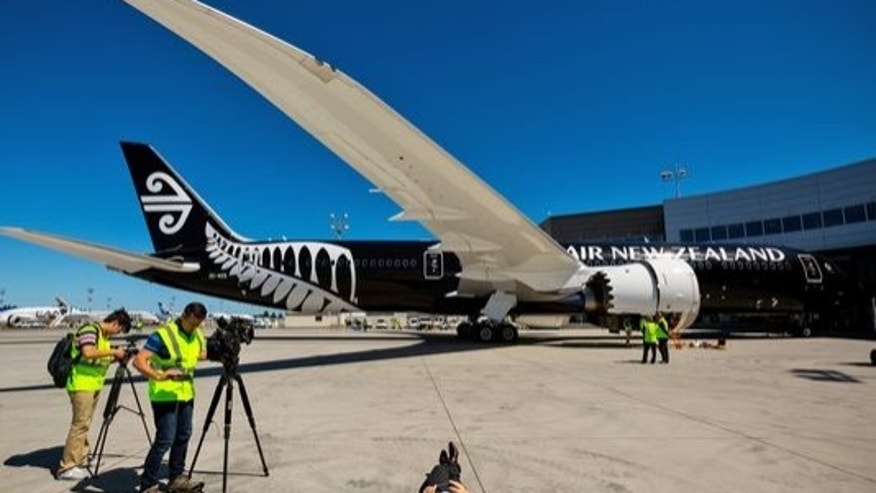 Air Zealand rewards stranded passengers.
