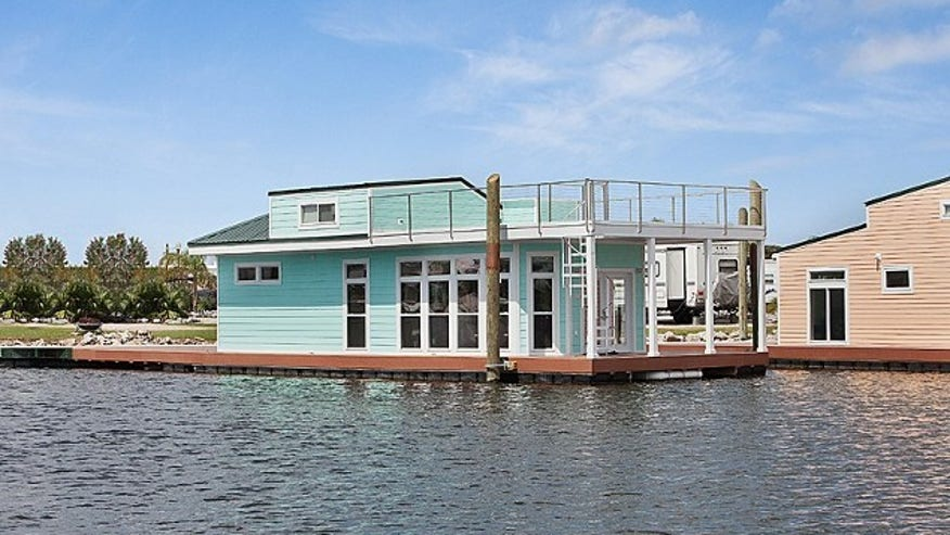 The Floating Villa