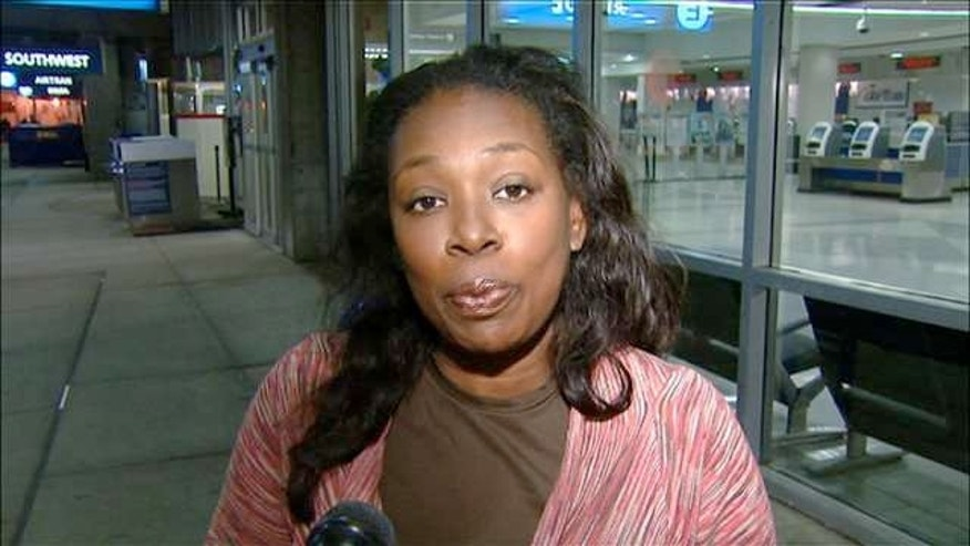 Lisa Carter Knight claims social media got her kicked off a JetBlue flight in Philadelphia.