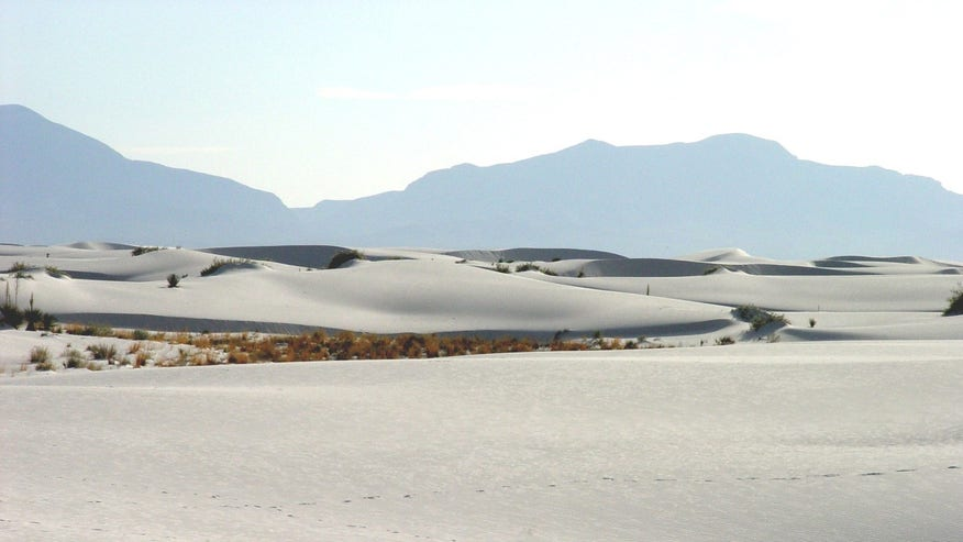 White Sands National Monument: Tularosa Basin, New Mexico