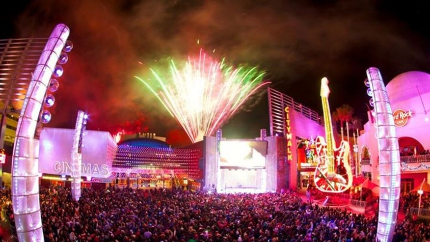 Universal Orlando's outdoor dance party