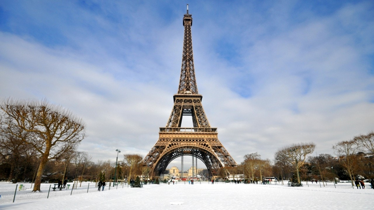 Why you should still visit paris this winter fox news for Parigi wallpaper