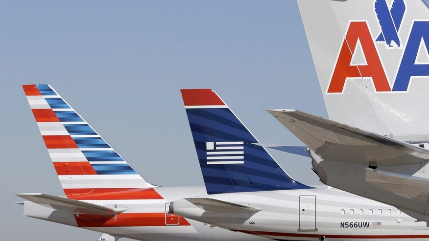 American is suing the in-flight Wi-Fi provider Gogo, charging it has better offers from competitors.