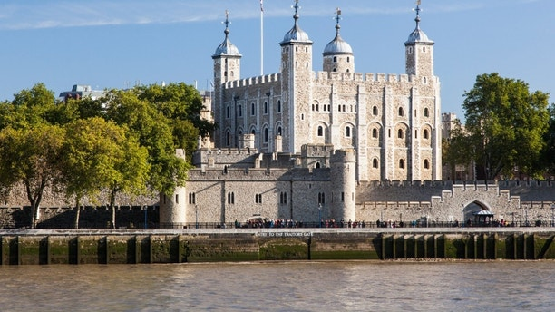 tower london CNT