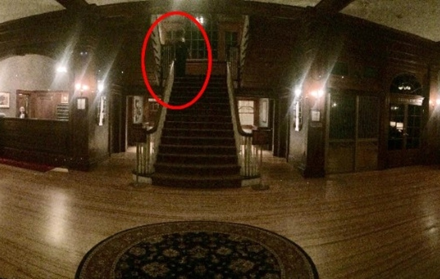 Rob Gutro S Ghosts And Spirits Blog In The News Recent Photo From Haunted Stanley Hotel Shows