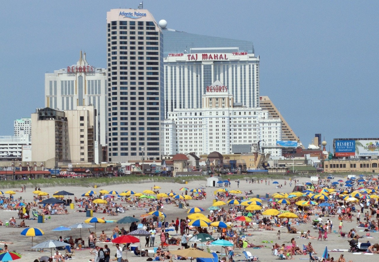 Outlets In Nj >> Despite money woes, Atlantic City's attractions still open ...