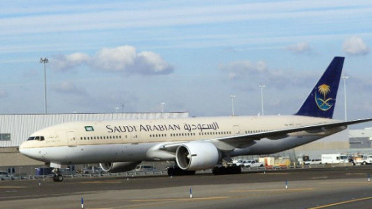 Saudi Airlines plane makes emergency landing after American flier dies on board