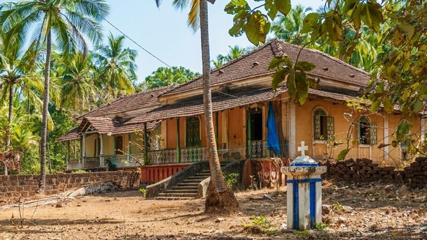 old portuguese colonial houses in goa india