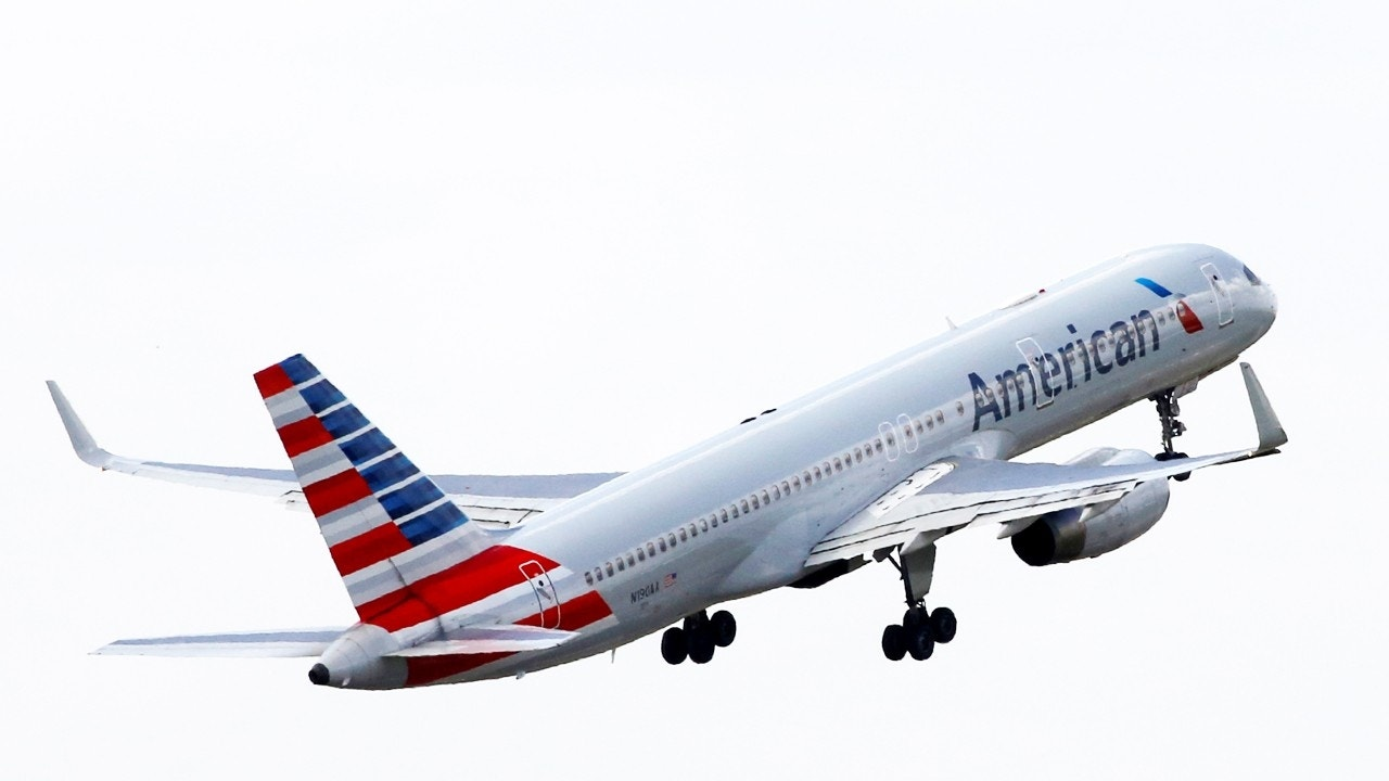 American Airlines Flight Attendants Hospitalized After