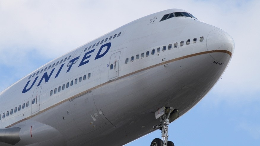 united airlines plane istock