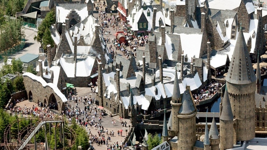 "Japan's Wizarding World of Harry Potter announced that ""dementors"" are about to invade the theme park."