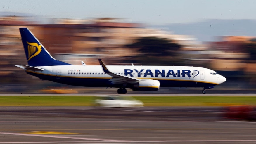 Passengers aboard a recent Ryanair flight got quite a show.