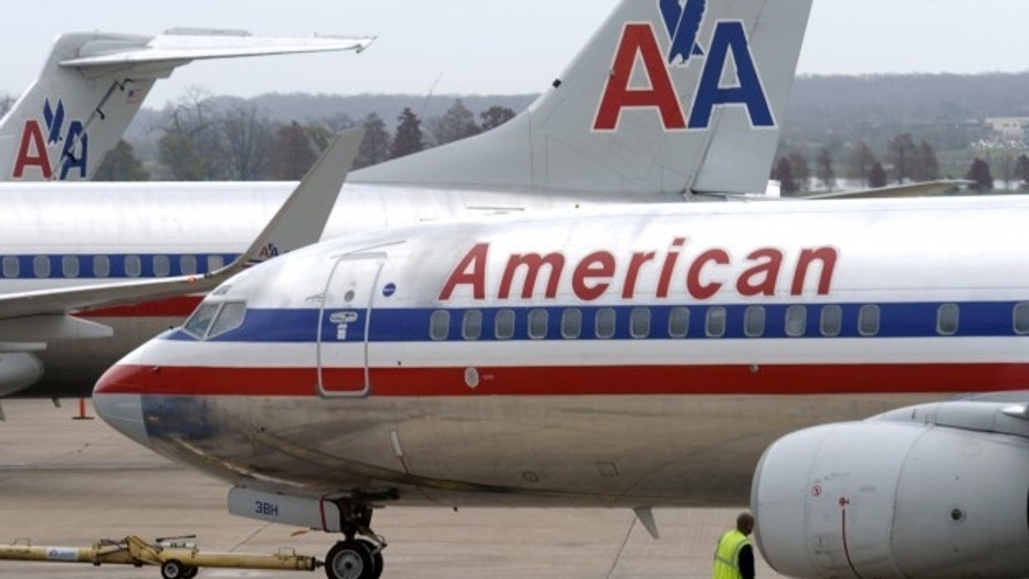 American Airlines is struggling to find pilots after a system glitch reportedly gave everyone time off for Christmas.