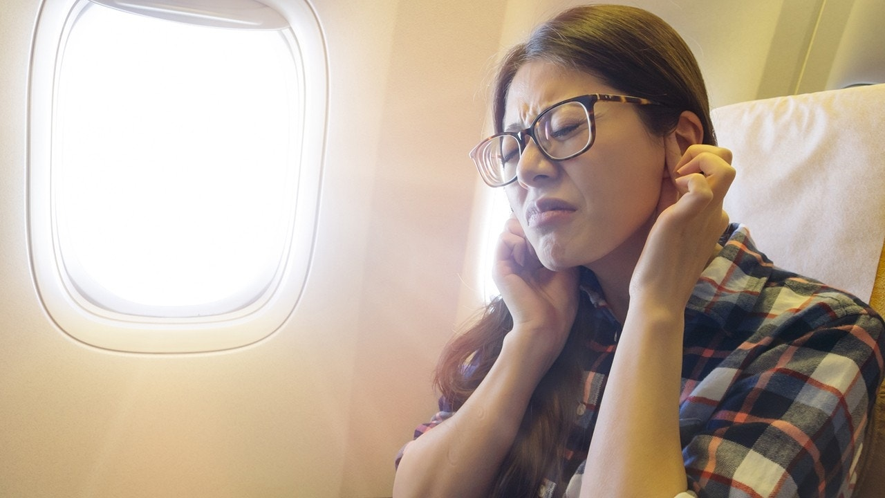 5 tricks for popping your ears after a flight
