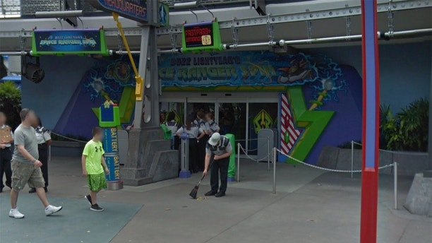 buzz lightyear ride disney street view