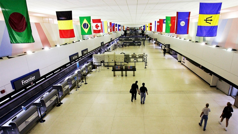 The scary scene went down at Louis Armstrong International Airport in Louisiana.