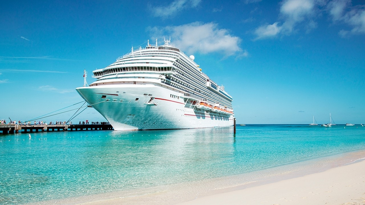 Booking Cruise Through Cruise Line Or Travel Agent