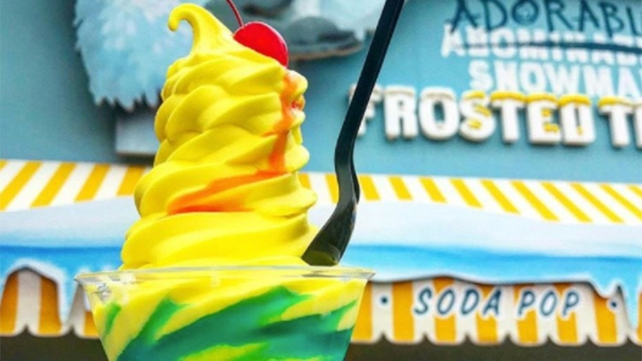 """A new """"It's Lemon"""" soft serve delivers the same refreshing vibe as the pineapple cult-favorite Dole Whip."""