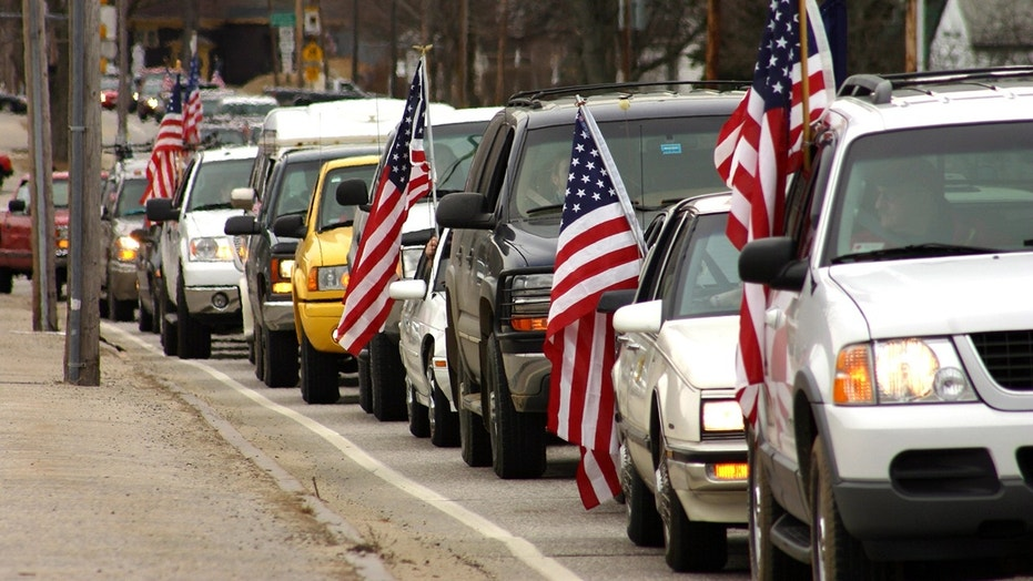 Don't get  caught in traffic this 4th of July. Here's when to travel to beat the crowds on the road.