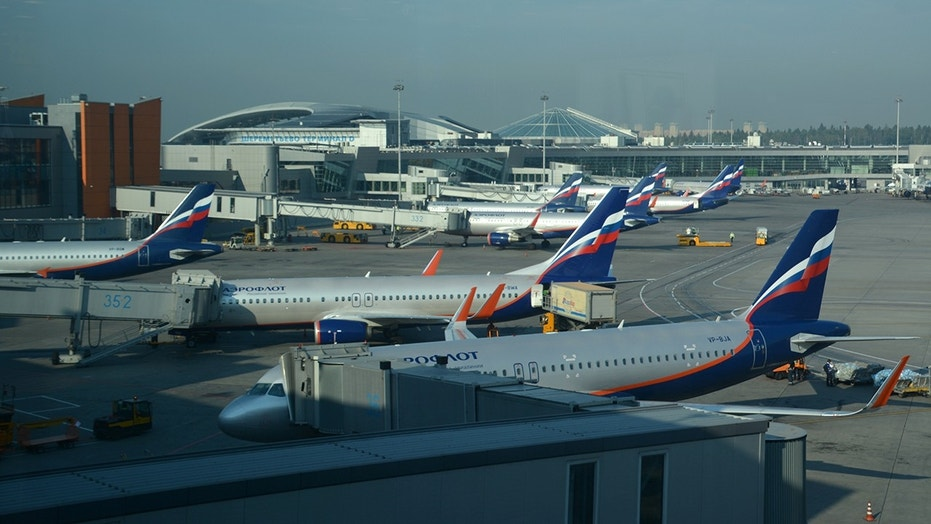 The incident occurred in a domestic flight in Russia, but the name of the airline is unclear.