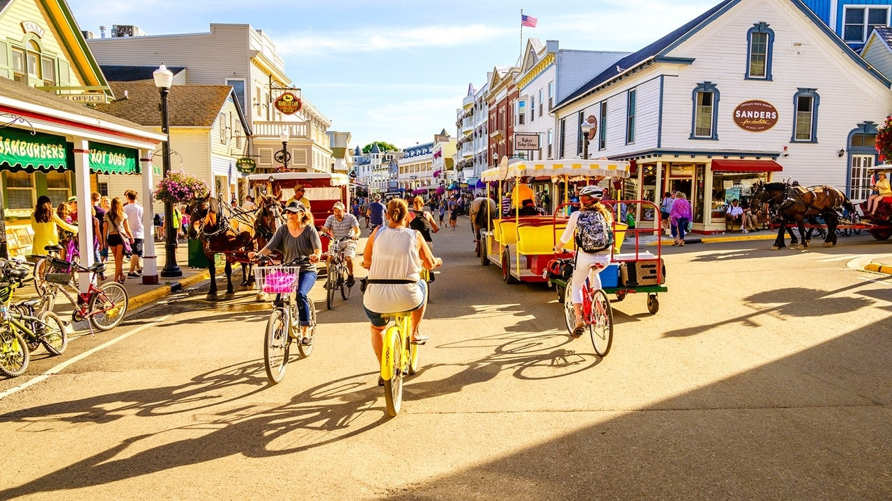 10 labor day destinations perfect for a last minute trip for Labor day weekend trips