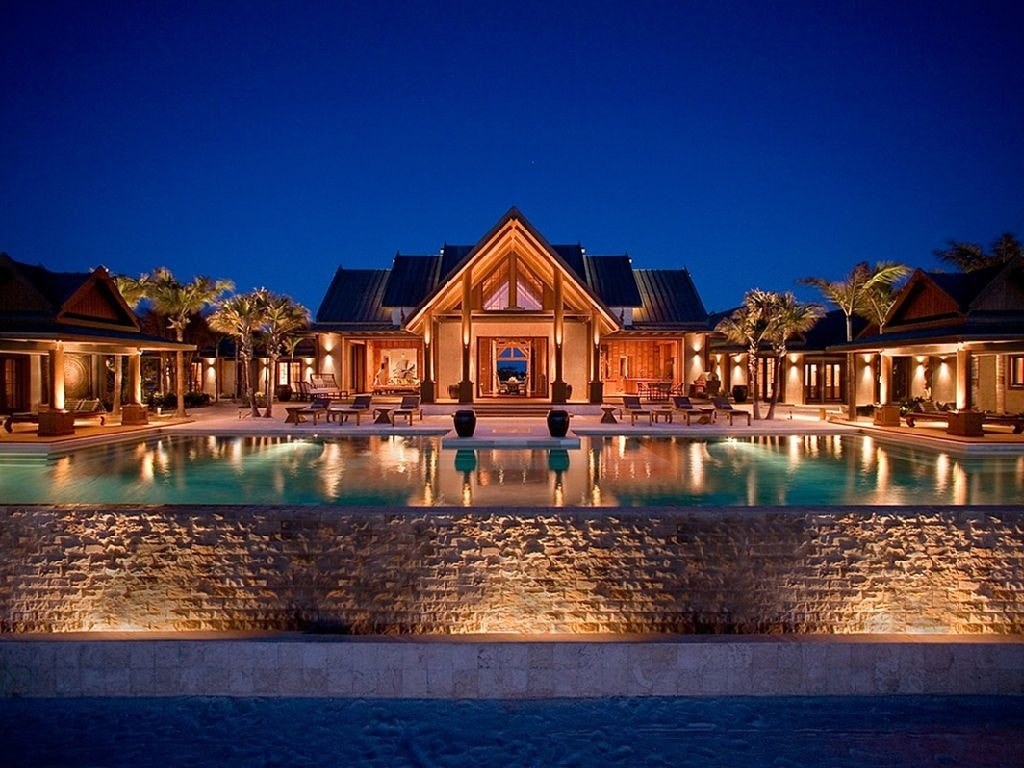 10 incredible luxury vacation rentals around the world