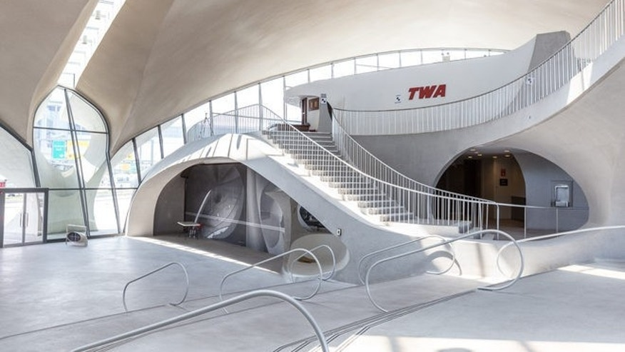 Hotel groundbreaking held at jfk airport 39 s historic twa for Hotel at jfk terminal